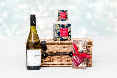 White Wine & Chocolate Christmas Hamper 1