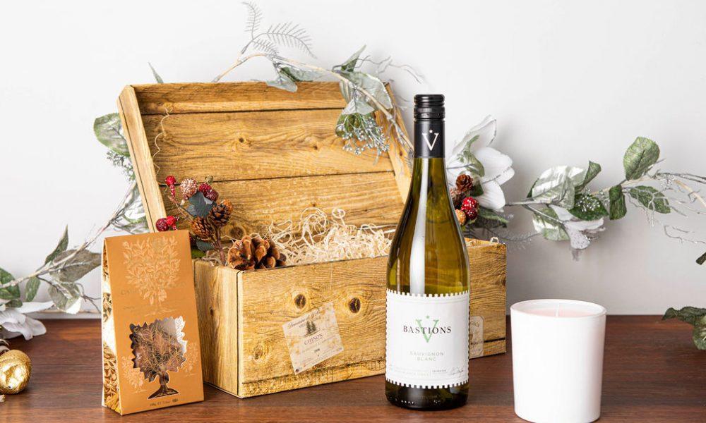 White Wine Christmas Hamper 8