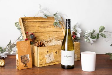 White Wine Christmas Hamper 8