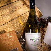 White Wine Christmas Hamper 9
